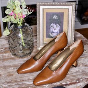 NWT Via Spiga Italian Leather High Heels
